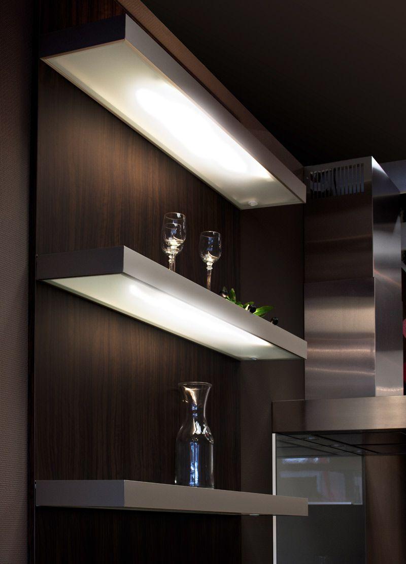 Fantastisch Beleuchtetes Regal Küche